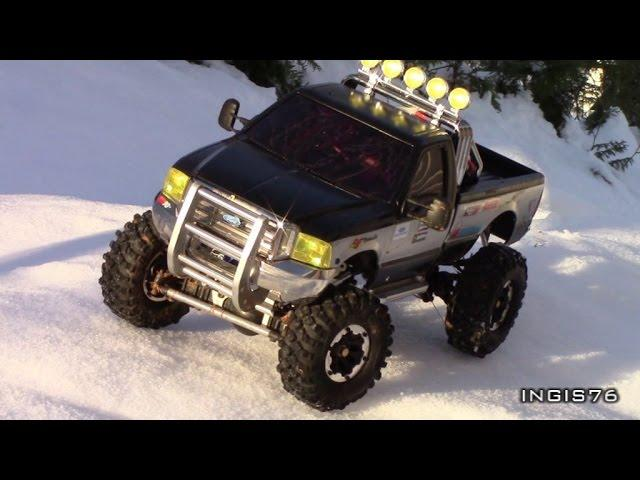 RC TRAIL FORD F350 V8 WINTER EXPEDITION ON THE SNOW CRUST A SUNNY DAY