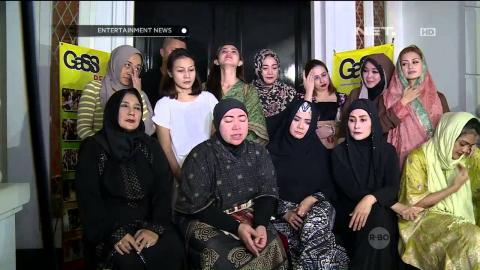 Melly Goeslaw Gelar Acara Bakti Sosial