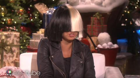 """Sia Takes Off Her Wig For Ellen & Performs """"Alive"""""""