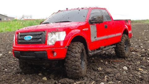RC ADVENTURES - 2013 Ford F-150 FX4 Truck w/ Appearance Package Off-road at a Dirt Track