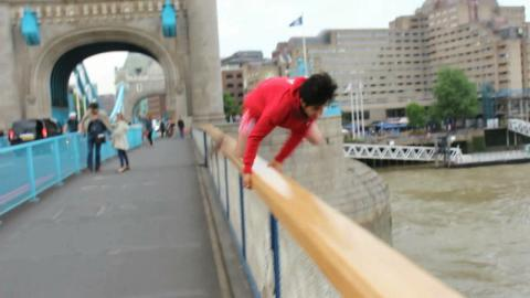 Daredevil Condemned After Leaping From Tower Bridge