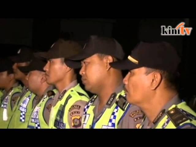 Indonesia pindahkan  banduan Australia ke lokasi hukuman