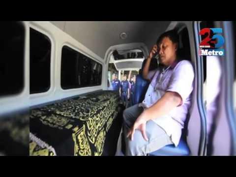 Jenazah Koperal Roydin Jamaludin tiba di KKIA Kota Kinabalu