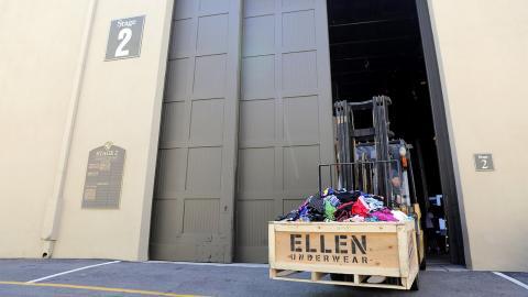 Ellen's Intimate Gift for Conan