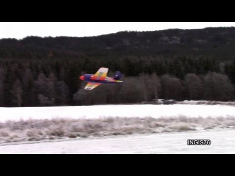 RC FLIGHT REAR BEAR FAST & SLOW PASSES WINTER FLYING FUN SOLOSHOT 2 IS TRACKING