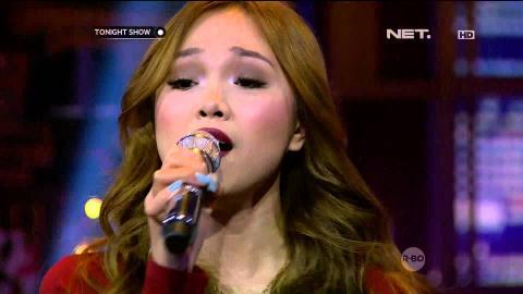 Angela Nazar - Problem ( Cover Ariana Grande Feat Iggy Azalea )