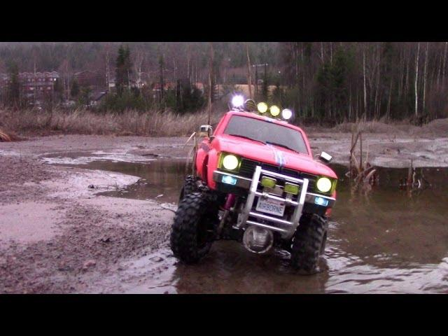RC TRAIL HILUX EXPEDITION WATER, MUD, SAND & ICE