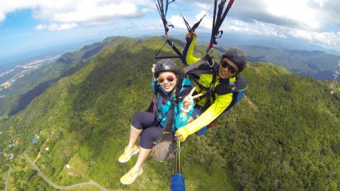 Paragliding on Kokol Hill