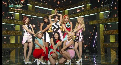 Girls' Generation 소녀시대_Comeback Stage 'Lion Heart'_KBS MUSIC BANK_2015.08.21