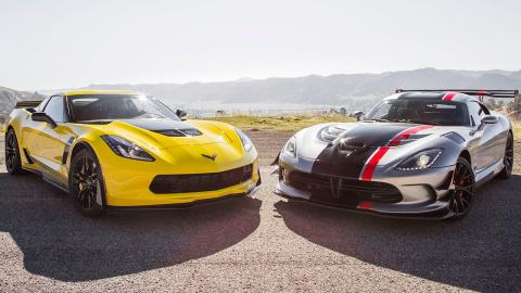 2015 Chevrolet Corvette Z06 vs. 2016 Dodge Viper ACR  - Head 2 Head Ep. 72