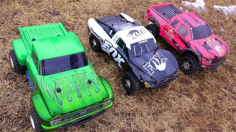 RC ADVENTURES - 3 Traxxas Slash 4x4's Cold Bashing! Many broken parts...